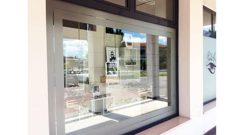 Vetrofanie e pellicole per vetri - Vetrofanie per finestre ...